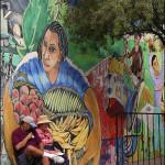 Couple & Mural © Bob Pliskin 2013